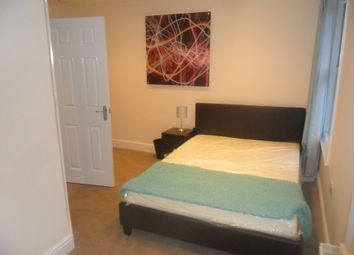 Thumbnail 1 bedroom terraced house to rent in Oxford Road, Reading