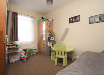 1 bed flat to rent in High Road, London N20