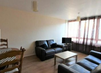3 bed maisonette to rent in Alpha Grove, Canary Wharf, South Quay, London, United Kingdom E14