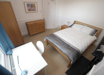 Thumbnail Room to rent in Tilehurst Road - Room 2, Reading