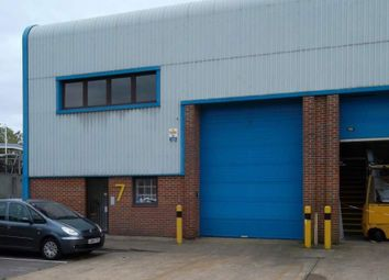 Thumbnail Warehouse to let in Unit 7, Station Industrial Estate, Wokingham