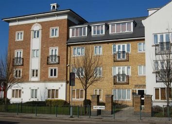 Thumbnail 2 bedroom flat to rent in Forty Avenue, Wembley, London