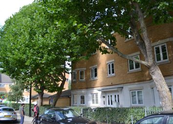 Thumbnail 2 bed flat to rent in Flat 4, Blakes Road, Peckham