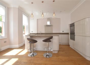 Thumbnail 2 bedroom flat to rent in Kings Avenue, Muswell Hill, London