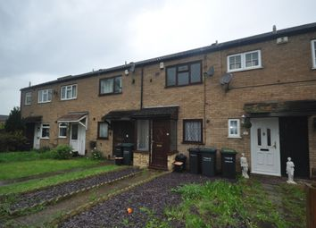 2 bed terraced house to rent in Abbots Field, Gravesend DA12
