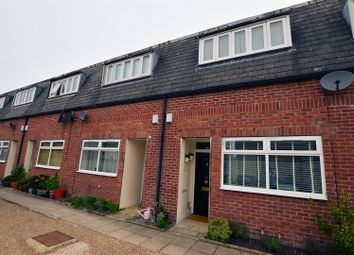 Thumbnail 2 bedroom town house for sale in Tigel Mews, Norcot Road, Tilehurst, Reading