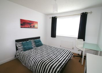 Thumbnail 6 bed shared accommodation to rent in Yarrow Close, Thatcham, Thatcham, Berkshire