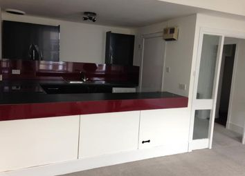 Thumbnail 2 bed flat to rent in New Street, Paisley