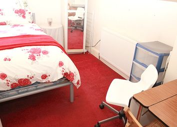 Thumbnail Room to rent in Russell Avenue, Wood Green