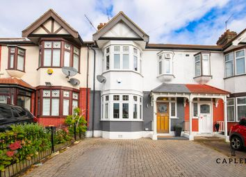 4 bed property for sale in Lilian Gardens, Woodford Green IG8