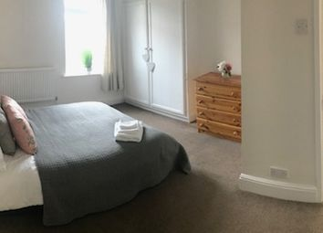 Thumbnail Room to rent in Palmerston Road, Woodston, Peterborough