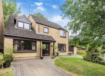 Skerritt Way, Purley On Thames, Reading RG8. 5 bed detached house