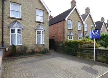 Thumbnail 3 bed property to rent in Queens Walk, Stamford