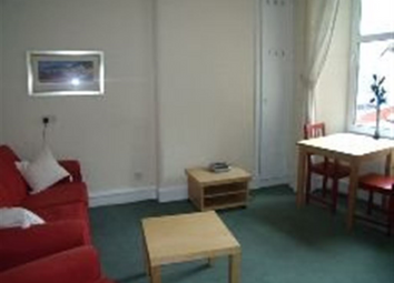 Thumbnail 2 bed flat to rent in Neilston Road Paisley, Paisley