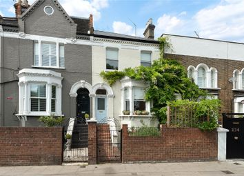 2 bed maisonette for sale in Battersea Bridge Road, London SW11