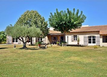 Thumbnail 5 bed property for sale in L'isle-Sur-La-Sorgue, France