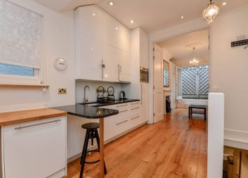 Thumbnail 2 bed flat for sale in Collingham Place, South Kensington