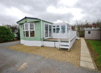 Thumbnail 2 bedroom mobile/park home for sale in Frostley Gate, Holbeach, Spalding