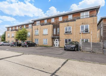 Thumbnail 2 bed flat for sale in Elms House, Newbury