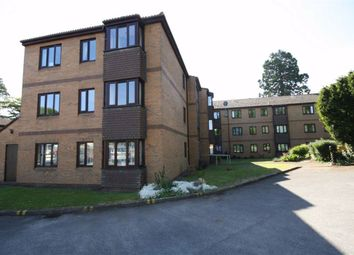 Langley Road, Chippenham, Wiltshire SN15. 2 bed flat for sale
