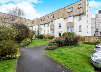 2 bed property to rent in Cecil Place, Southsea PO5
