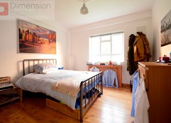 Thumbnail 3 bed flat to rent in Murray Grove, Hoxton, London