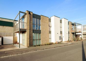 Thumbnail 2 bed flat for sale in Butlers Drive, Carterton