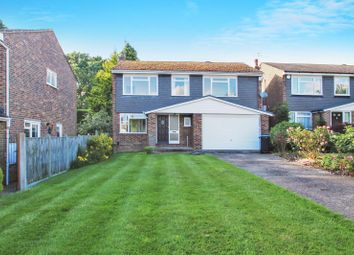 Thumbnail Detached house to rent in Mill Shaw, Hurst Green, Oxted