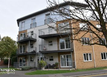 Thumbnail 2 bed flat for sale in Primrose Place, Isleworth, Greater London