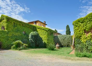 Thumbnail 16 bed farmhouse for sale in Pisa, Tuscany, Italy