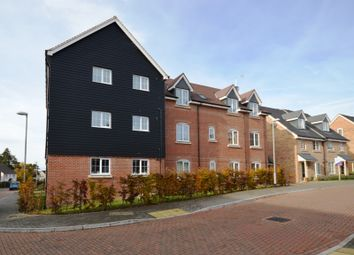 Thumbnail 2 bed flat to rent in The Alders, Billingshurst