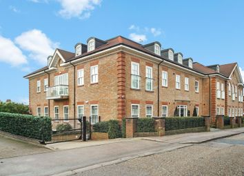 2 bed flat for sale in Bournehall Road, Bushey WD23