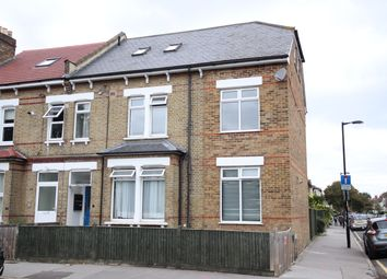 Thumbnail 1 bed flat to rent in Sydenham Road, East Croydon