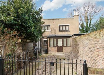 Thumbnail 2 bed detached house to rent in Wellesley Avenue, London