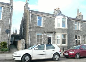 Thumbnail 2 bed flat to rent in Beechgrove Place, Aberdeen