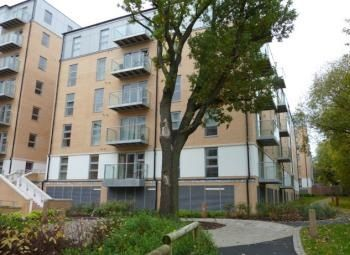 Thumbnail 1 bed flat to rent in Grove House, Queen Mary Avenue, London