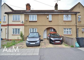 Fencepiece Road, Ilford IG6. 3 bed terraced house