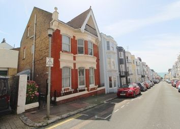 Thumbnail 2 bedroom flat to rent in Temple Street, Brighton