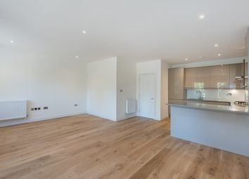 2 bed flat to rent in Station Approach, Great Missenden HP16