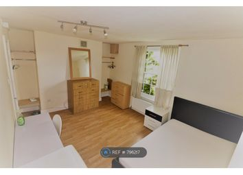 Room to rent in New Cross Road, New Cross Gate SE14