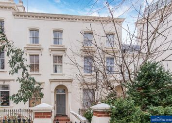 Thumbnail 1 bedroom flat to rent in Clifton Villas, London