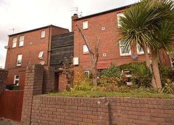 Thumbnail 1 bedroom flat for sale in Leatherbottle Green, Erith