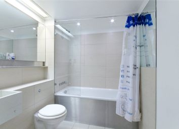 Thumbnail 1 bed flat to rent in Secon Tower, Canary Wharf