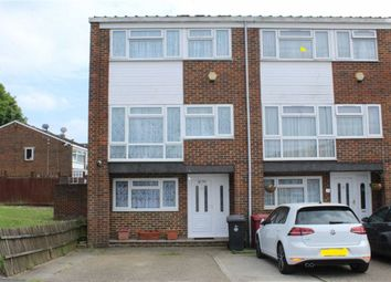 4 bed town house for sale in Brammas Close, Slough, Berkshire SL1