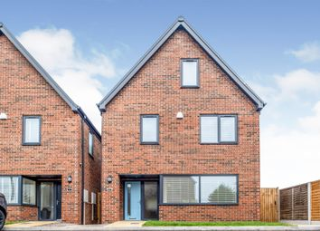 4 bed detached house for sale in James Munday Rise, Grimstock Hill, Lichfield Road, Coleshill B46