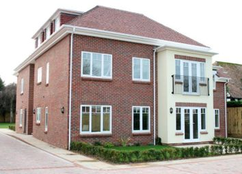 Thumbnail 2 bed flat to rent in 18 Worthing Road, East Preston, West Sussex