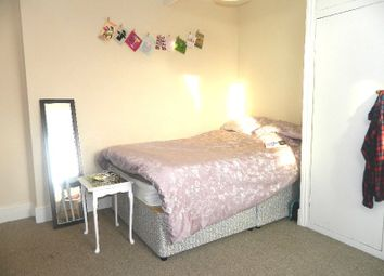 Thumbnail 4 bedroom shared accommodation to rent in Simonside Terrace, Heaton