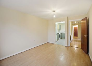3 bed property to rent in Wick Road, London E9