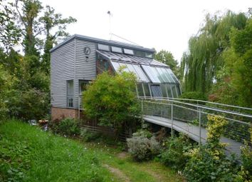 Thumbnail 1 bed flat to rent in Hope House Molember Road, East Molesey