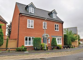 Thumbnail 5 bed detached house to rent in Baynard Avenue, Flitch Green, Dunmow